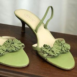 Talbots genuine leather kitty heels size 9.5